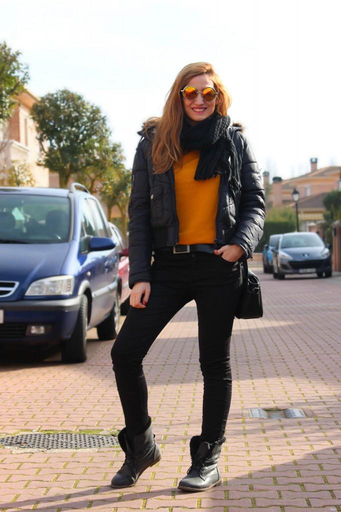 Look casual mostaza y negro 11