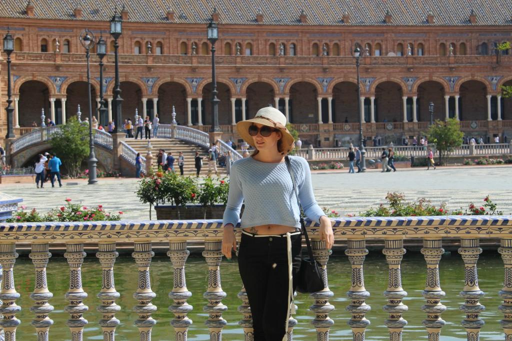 Sombrero de rafia – Look Sevilla