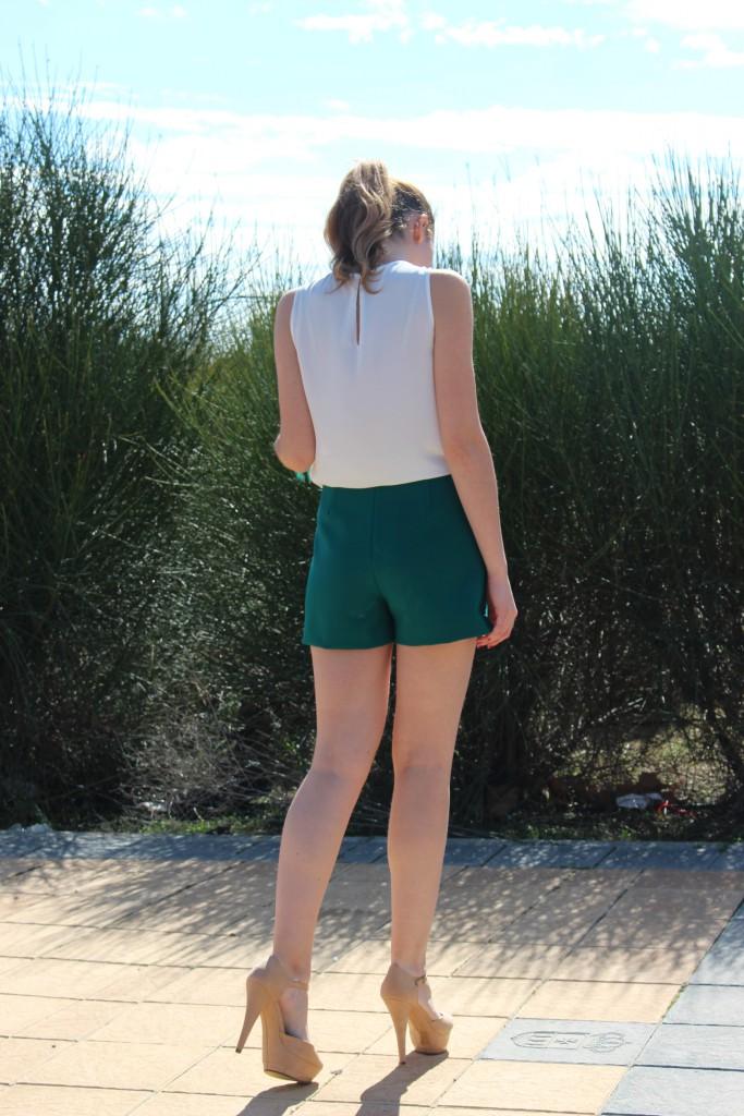 verde esmeralda y beige 5