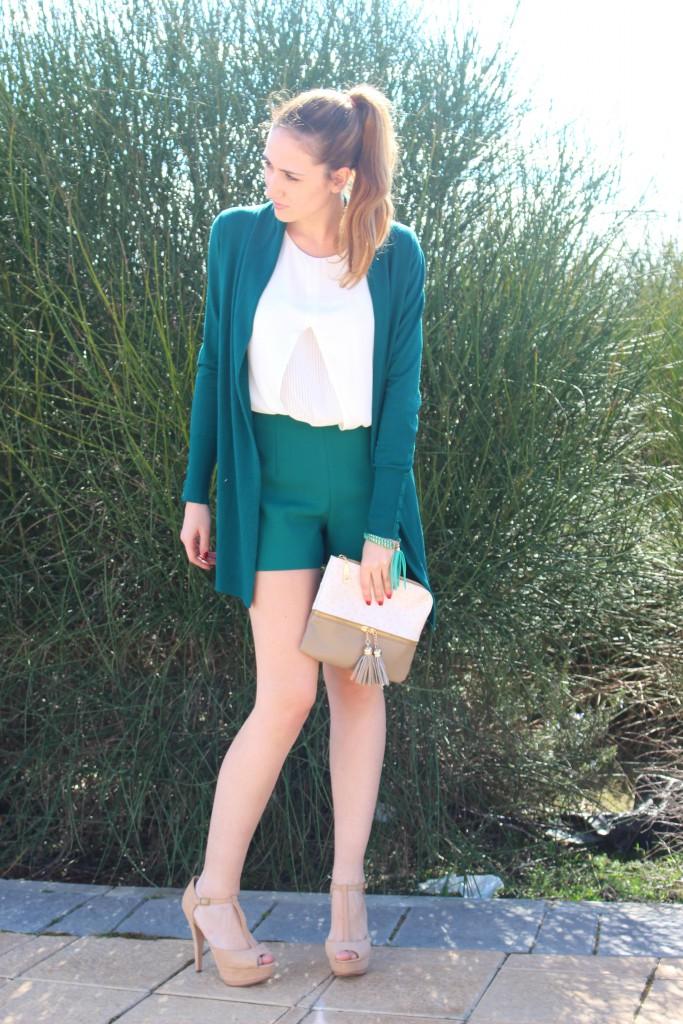 verde esmeralda y beige 3