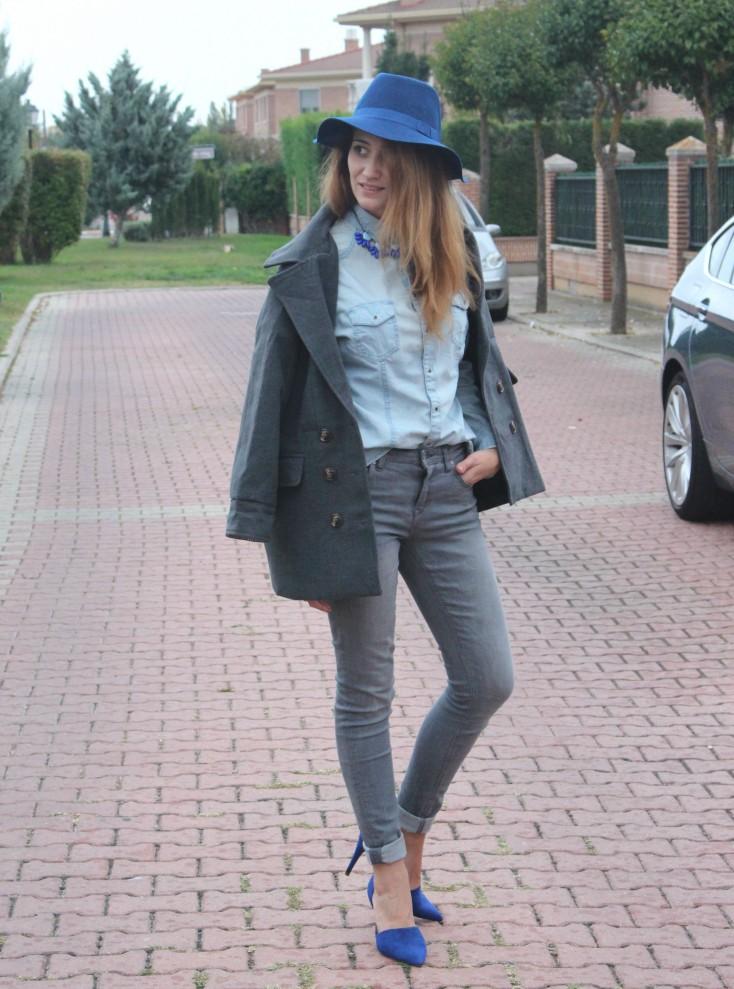 Gris y azul - Look 1