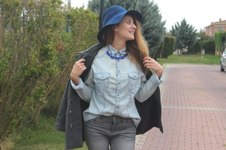 Gris y azul - Look 8